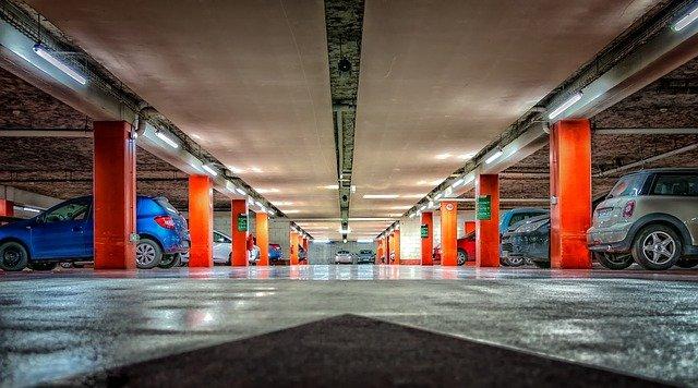 Est-il judicieux d'investir dans les places de parking ?