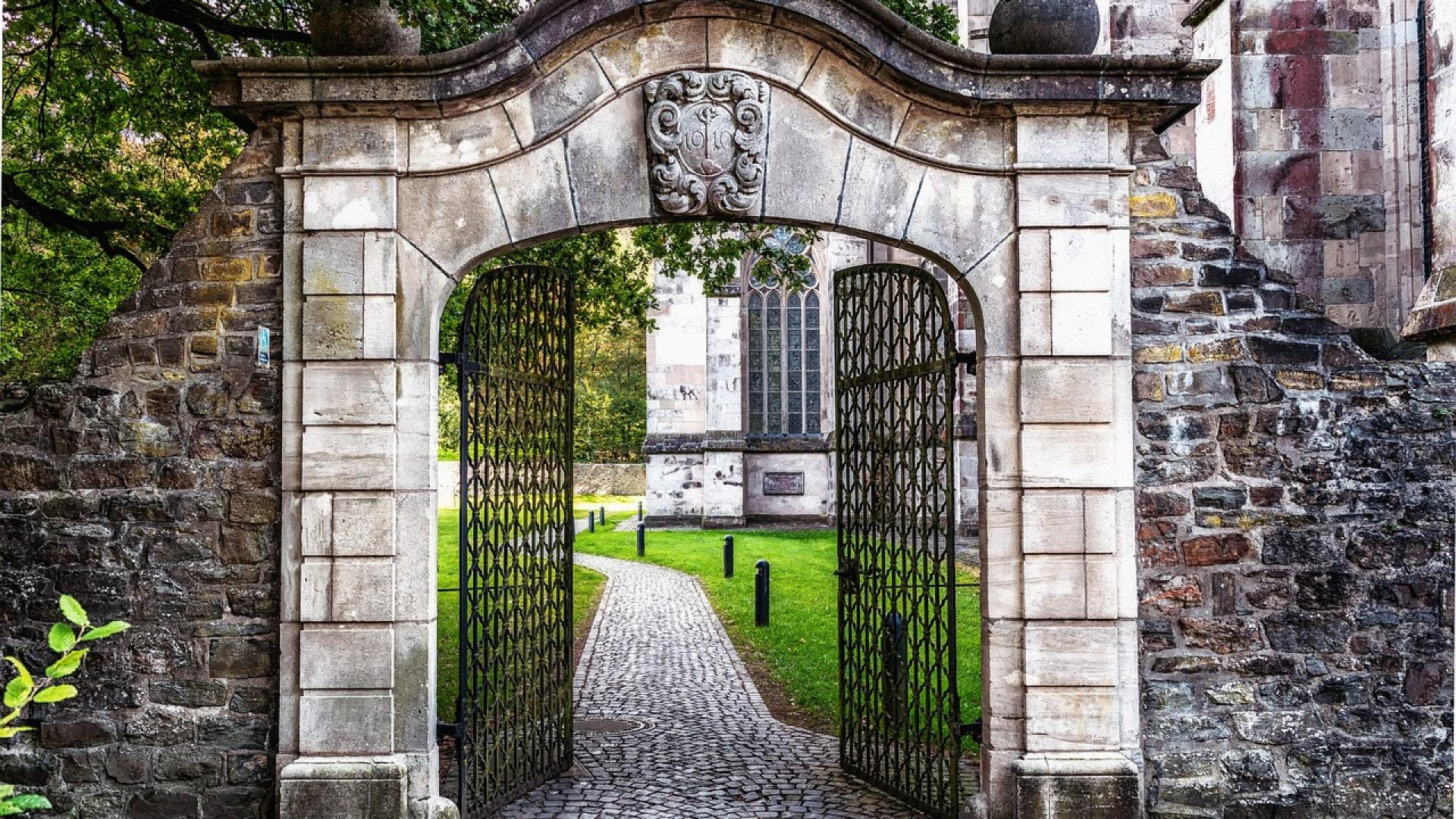 Pourquoi choisir un portail coulissant ?